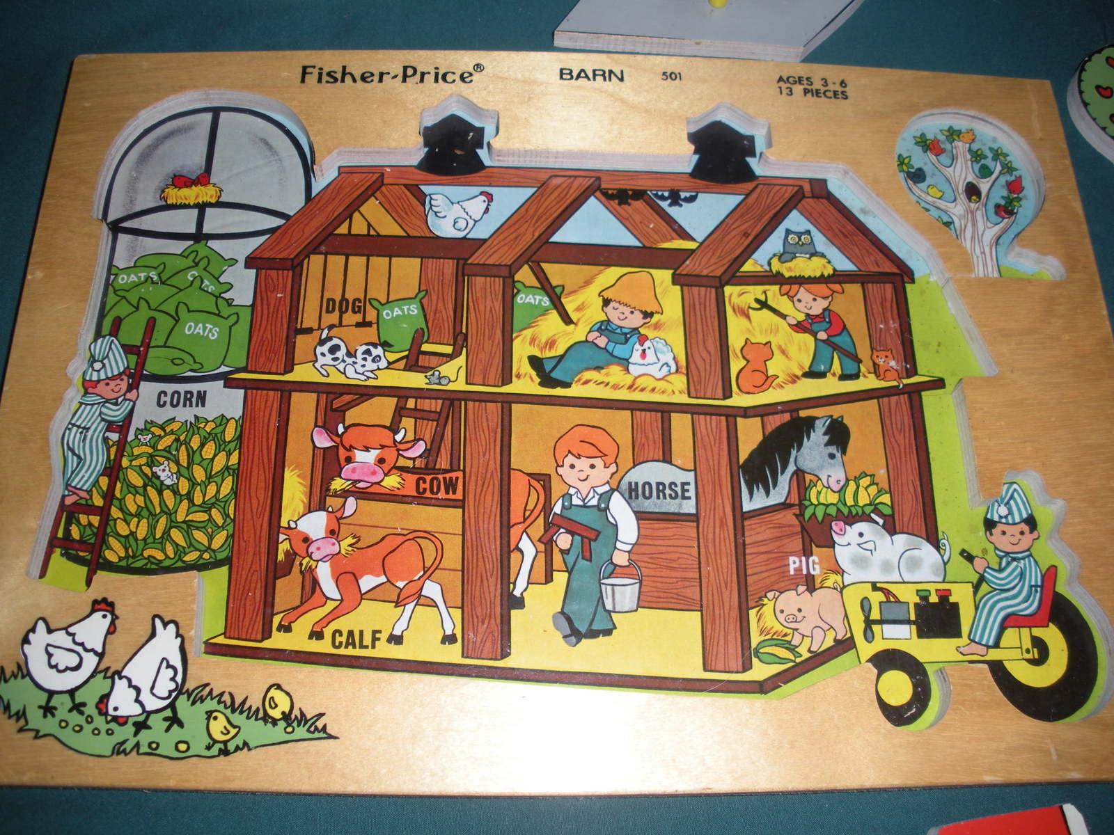Vintage Fisher Price Pick Up 'N Peek #501 Barn Puzzle VG++-EXC (B)
