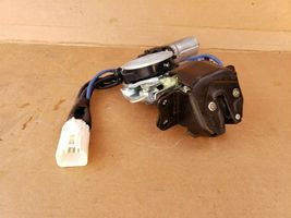 04-06 Lexus RX330 Rear Hatch Tailgate Liftgate Power Lock Latch Motor Actuator image 4