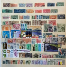 COLOMBIA MOSTLY OLDER LOT MINT / USED OVER 100 STAMPS  - $20.30