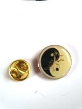 yinyang yin yan round with design  Lapel Pin, Badge, tie pin, very detailed gift