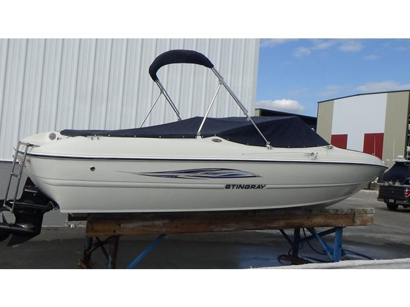 2012 Stingray 195RX Bowrider 19 For Sale in Palm Harbor, Florida 34685