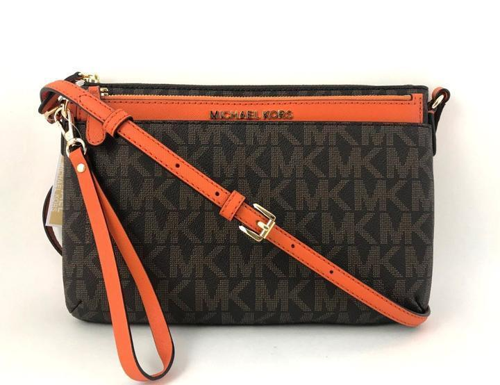 72646d99d0ae Michael Kors JET SET TRAVEL Large Pocket Messenger Crossbody Bag w Wristlet  NWT - $81.63