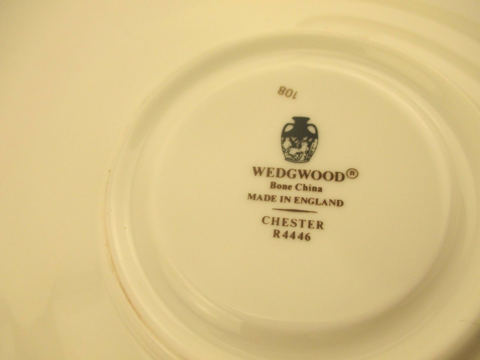 Wedgwood Chester Cup & Saucer Set s Victoria R4446