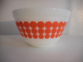 Vintage Pyrex Orange / white Polka Dot  Mixing Bowl 401 1.5 pt - $34.64
