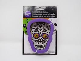 Wilton Comfort-Grip Cutter Set Cookie Cutter - New - Skull - $8.54