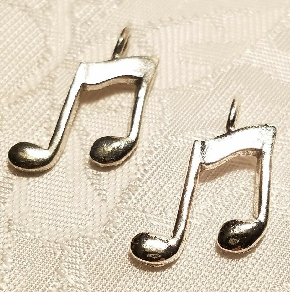 MUSICAL NOTE FINE PEWTER PENDANT CHARM