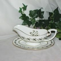 Royal Worcester Bernina Bone China Gravy Boat & Underplate England White Floral - $74.99