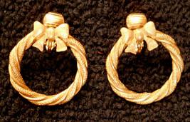Avon Wreath Earrings Clip On VTG Gold Plated Hoops Hypo-Allergenic Nicke... - $19.77