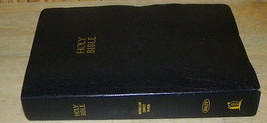 Holy Bible NKJV Thomas Nelson 1982 VG - $14.49