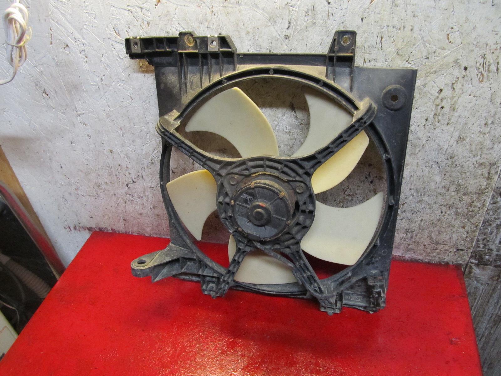 04 03 02 01 00 Subaru Legacy L outback oem 2.5 left side radiator cooling fan