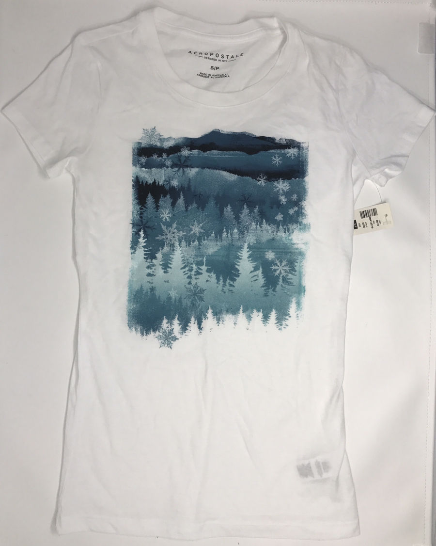 Primary image for Aéropostale Girls White Snowflakes/Winter Graphic Juniors T-shirt Sz S/P  NWT!