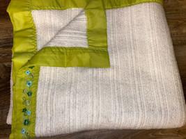 "Waffle Blanket ~ Vtg Cream Satin Edge 80"" x 70"" Twin/Full Thermal Green - $18.69"