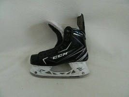 CCM 68K Ribcore Hockey Skates Skate Size 6.5EE Shoe Size 8EE - $89.99