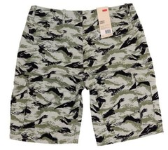 BRAND NEW LEVI'S MEN'S PREMIUM COTTON RELAXED FIT CARGO SHORTS CAMO 124630299 image 2