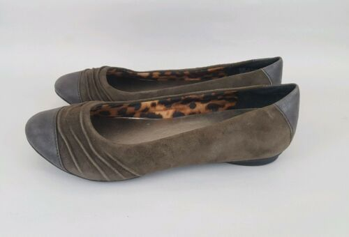 Clarks Bendables Flats Brown Suede Cap Toe Ruched Womens 7.5 M