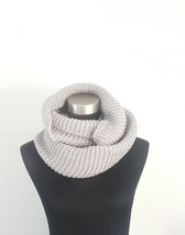Aeropostale Womens Gray Silver Crochet Chunky Cowl Infinity Scarf One Size  - €11,09 EUR
