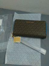 Michael Kors Signature Jet Set Large Double Zip Wristlet - Vintage Blue image 7