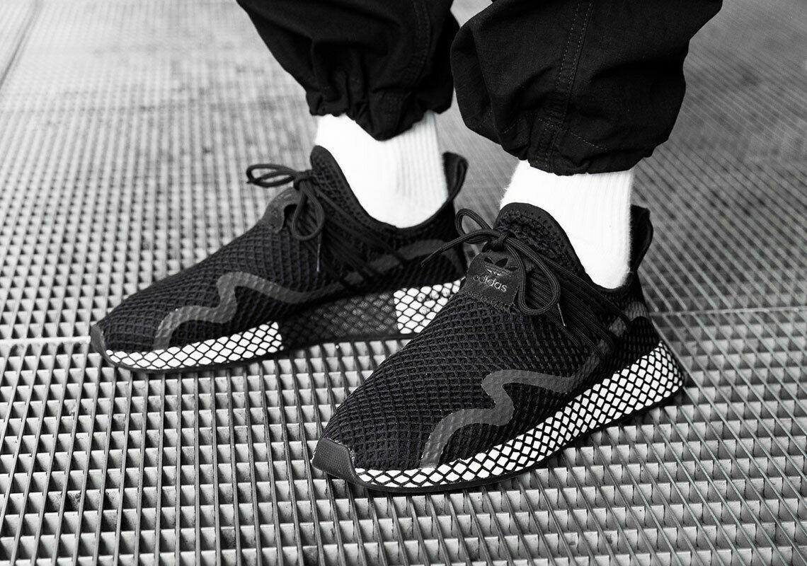 ADIDAS ORIGINALS DEERUPT S BLACK/WHITE SIZE 10 NEW FAST SHIPPING (BD7879)  image 3