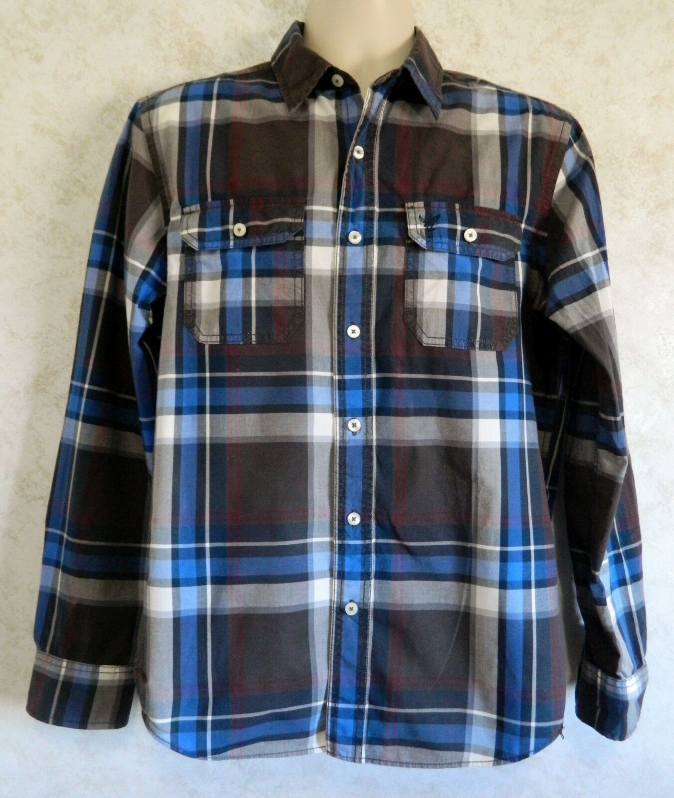 195f8f84cb Men s American Eagle Outfitters Blue Black Plaid Button Up Shirt Size Medium  -  19.68
