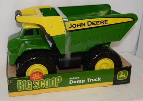 John Deere TBEK35350 Big Scoop Real Steel Dump Truck Sandbox Tough