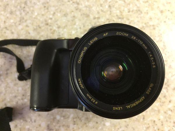233 Olympus IS-100s FILM camera- 28 - 110 Zoom