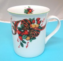 Strawberry Tarten Plaid William James Coffee Mug Cup 4 Inches In Great S... - $29.69