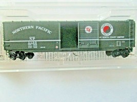 Micro-Trains # 50500452 Northern Pacific 50' Standard Boxcar Z-Scale image 2
