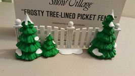 Dept 56 Snow Village 1991 Frosty Tree Lined Picket Fence 52078 Retired - $6.00