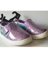 NWT BABY GIRL SIZE 4 WONDER NATION GLITTERY SHINY SHOES - $12.00