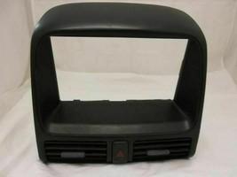 Radio Bezel W/AIR Vents Honda CR-V Crv 02 03 04 05 06 2006 2005 2004 2003 2002 - $32.30