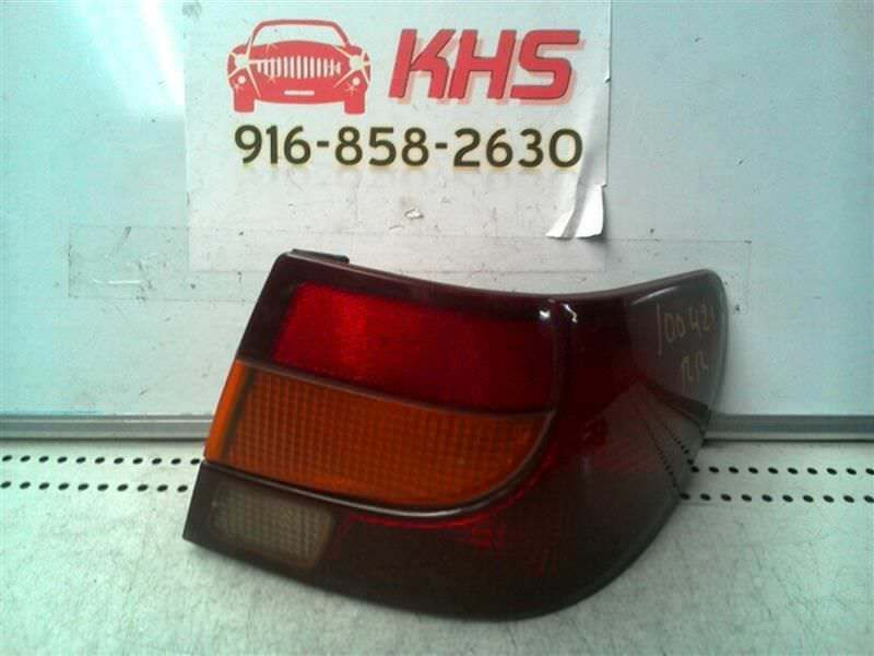 Primary image for Passenger Tail Light Sedan Fits 00-02 SATURN S SERIES 111705