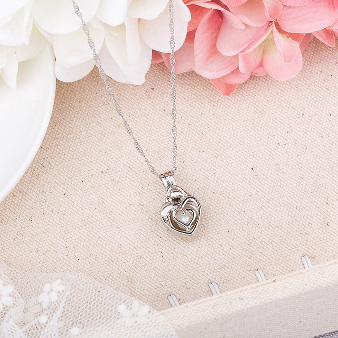 Necklace Jewelry For Women Hollow Luminous Necklace Pendant Gifts Fashion