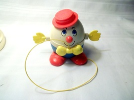 Vintage Fisher Price Humpty Dumpty 736 Red Hat Spinning Hands Too Cute! - $5.00