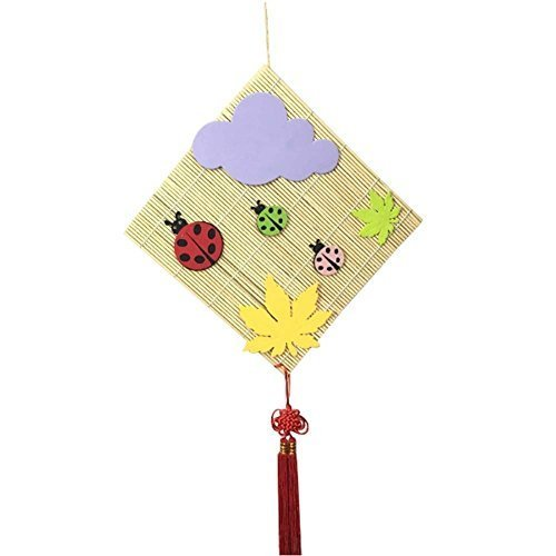 2 PCS Bamboo Material Nursery D¨¦cor Products (Ladybug and Maple Leaf)