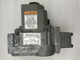 Honeywell VR8204A2142 Furnace Gas Valve Natural Gas Only used FREE ship. #G143L - $49.56