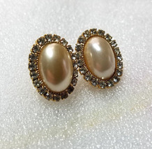 Gold tone Oval Faux Pearl Cabochon Clear Prong Set Rhinestone Post Earrings - $2.99