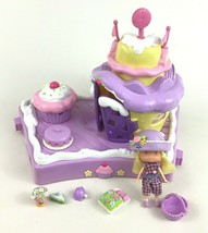 Strawberry Shortcake Berry Cute House with Angel Cake Doll and Accessories 2002 - $74.20