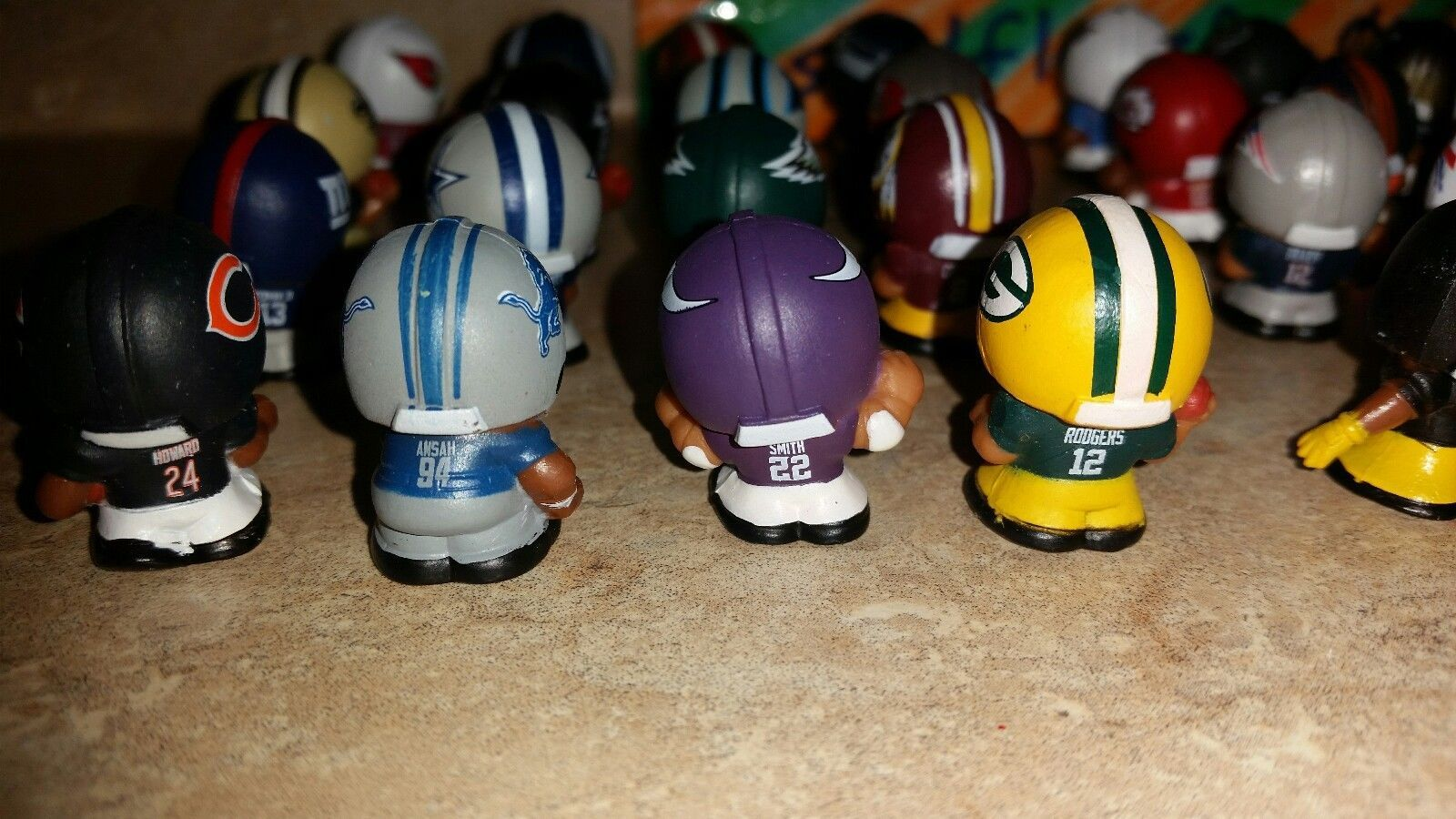 2017 NFL TEENYMATES SERIES 6 FOOTBALL - PICK YOUR FOOTBALL TEAM FIGURE NEW NEW!! image 7