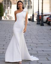 Sexy Sleeveless Single Bowknot Shoulder Solid Satin Mermaid Wedding Dress image 2