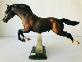 Breyer Horse Snowbound Olympic Gold Medalist Jumping 701596 in Box + COA - $48.37