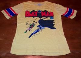 VINTAGE STYLE WOMEN'S TEEN DC COMICS BATMAN & ROBIN T-shirt MEDIUM NEW  - $19.80