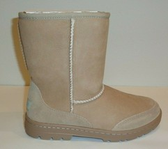 UGG Australia Size 7 ULTRA SHORT REVIVAL Sand Suede Boots New Womens Shoes - €209,56 EUR