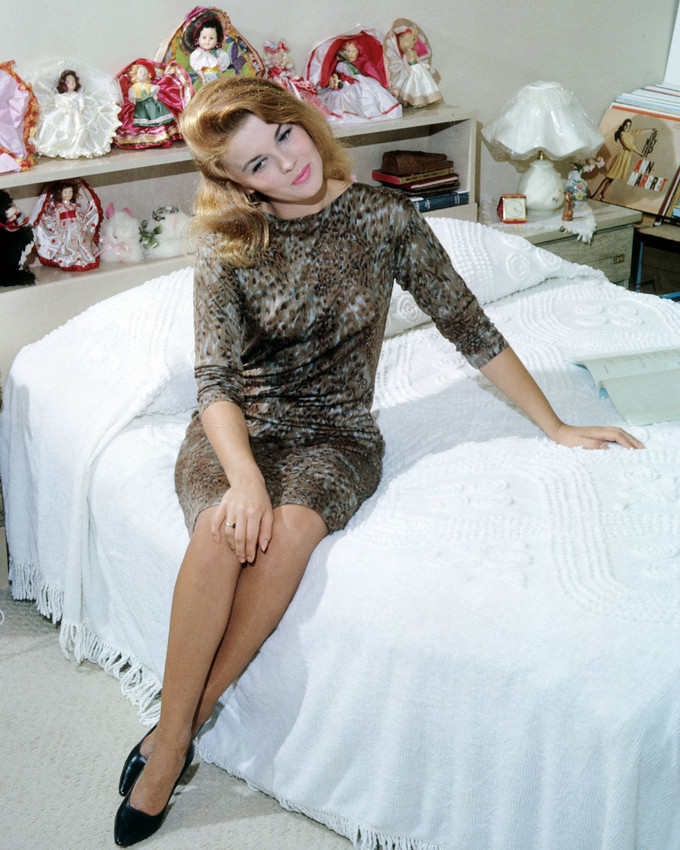 Ann-Margret 16x20 Poster Leggy on Bed With Doll Collection Rare Picture - $19.99