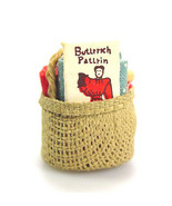 miniature dollhouse sewing basket with accessories - $9.83