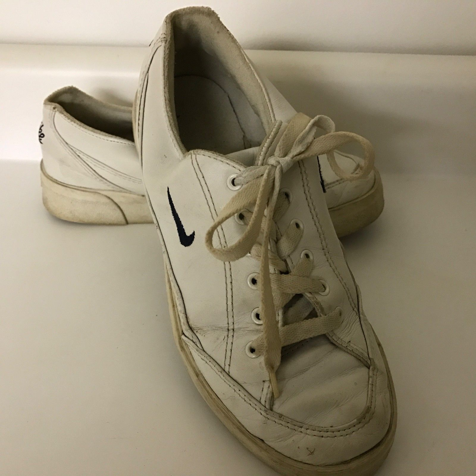 b0533fc3453a Vtg Nike White Leather Sneaker Tennis Shoe and 50 similar items