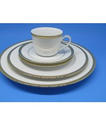 Charter Club Grand Buffet Gold 5-Piece Place Setting Pristine - $76.63
