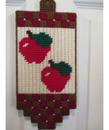 Apples Wall Window or Door Decor Plastic Canvas - $8.00