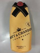 Moet & Chandon Champagne Imperial Brut Insulated Zip Jacket Sleeve Bottl... - $323,99 MXN