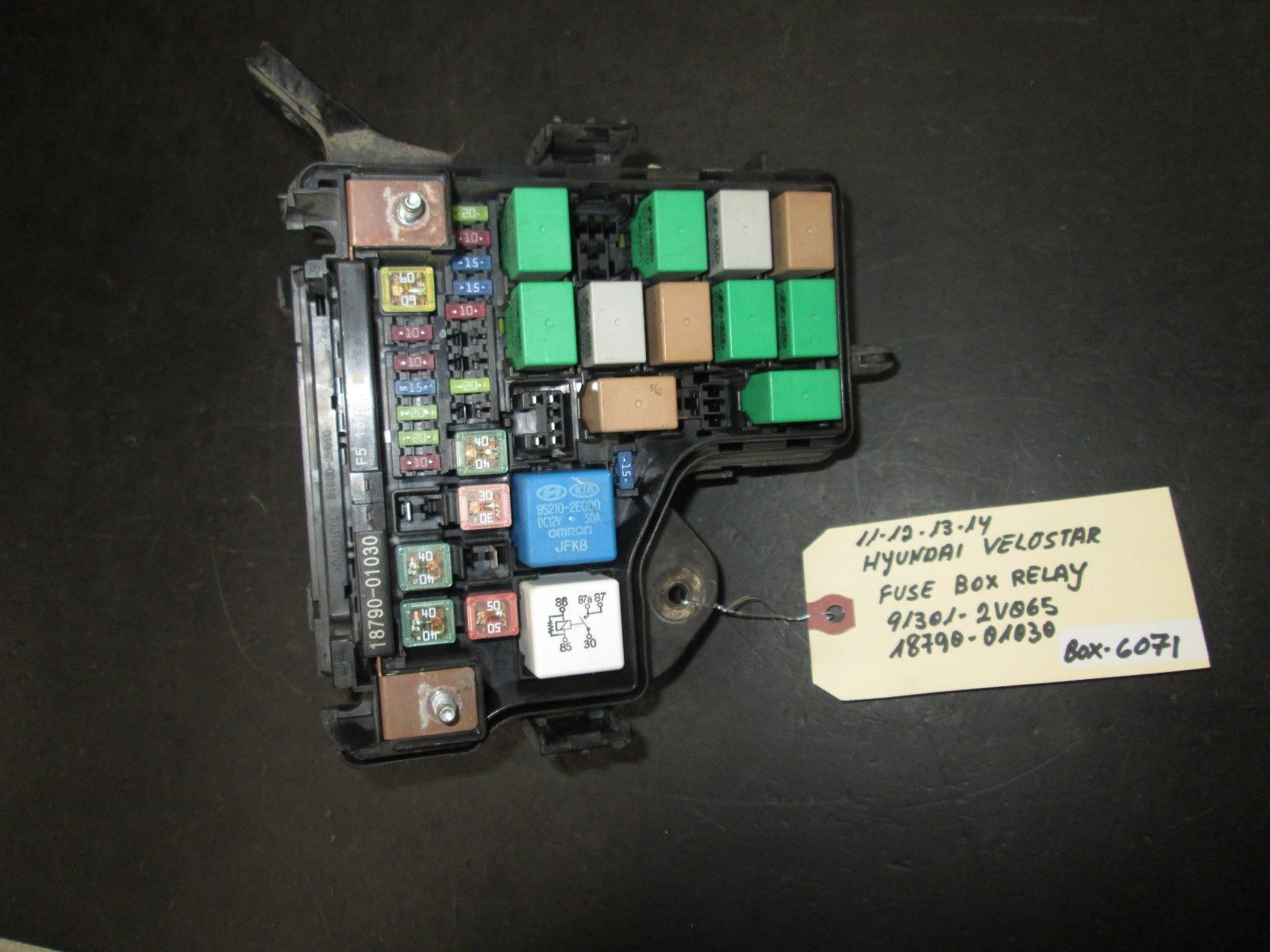 Primary image for 11 12 13 14 HYUNDAI VELOSTER 1.6 FUSE BOX RELAY #91301-2V065,18790-01030