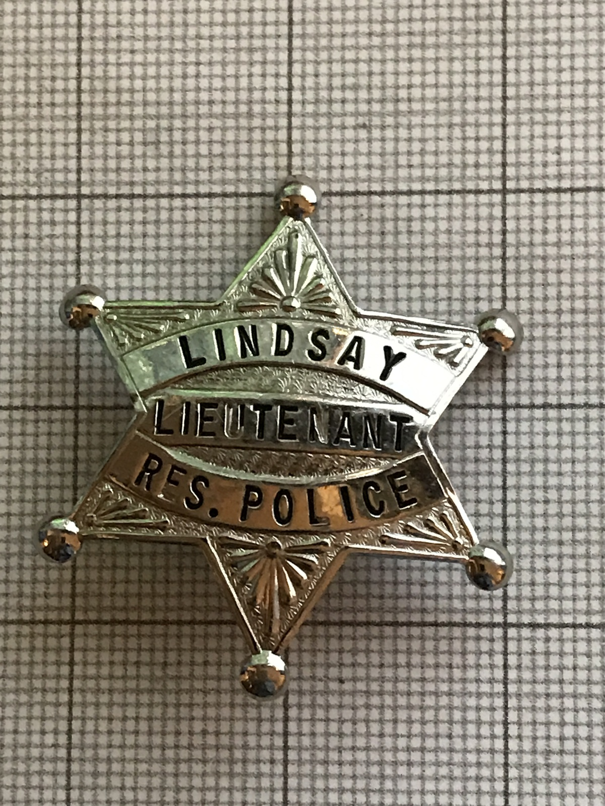 Primary image for Lindsay California Lieutenant Res. Police Obsolete Badge